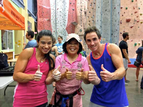 hoang_taing_thumbs_up_rock_wall